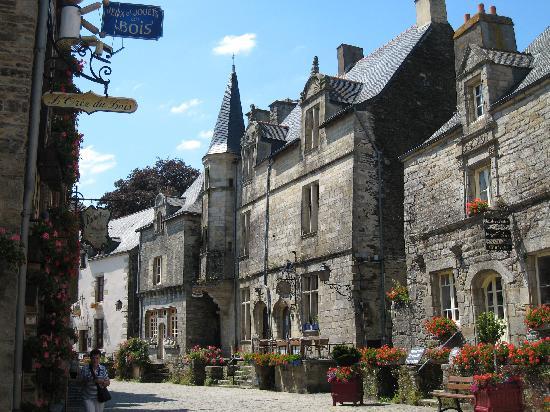 Rochefort en Terre Afbeeldingen - reisfoto's van Rochefort ...