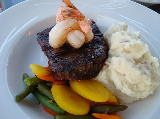 Teton Steak House: Steak and Shrimp
