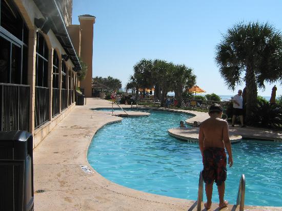 Island Vista: Outdoor Pool