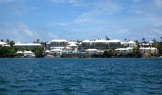 Newstead Belmont Hills Hotel: Newstead from the water
