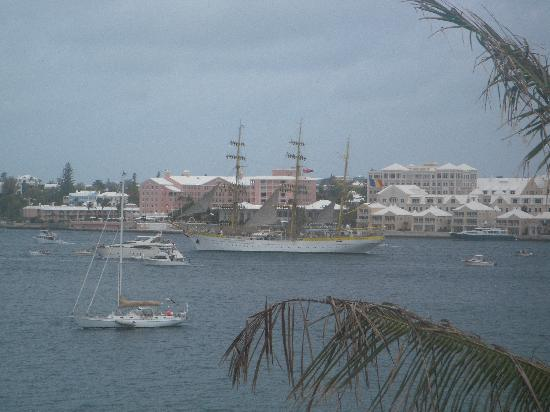 Newstead Belmont Hills Hotel: Tall ship sailing by Newstead