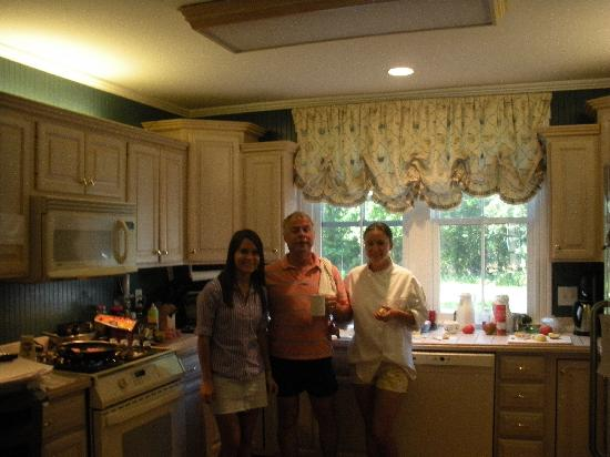 George Brooks House B&B: Making a wonderful breakfast,  Owners of B&B