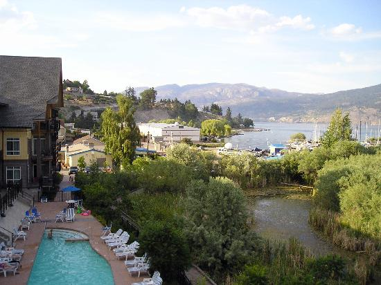 Summerland Waterfront Resort & Spa : The View