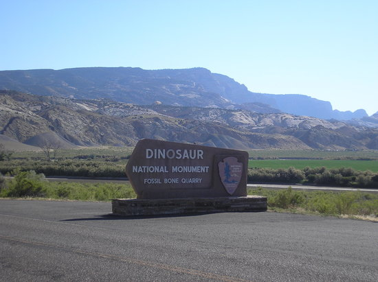 Dinosaur National Monument: The sign