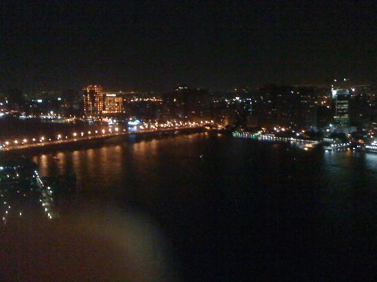 Grand Nile Tower: Night time view from the balcony