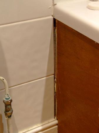 The Derwentwater Hotel : Bath Panel