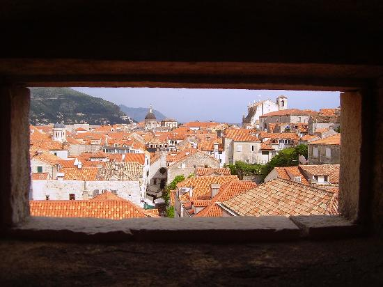 Dubrovnik Bed and Breakfast : View of the Old Town from the ramparts