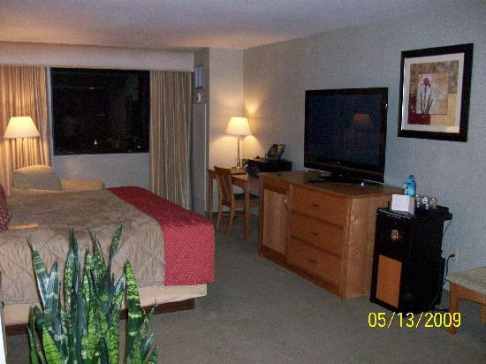 IP Casino Resort: King Bedroom