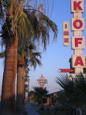 Kofa Inn's Satellite Restaurant, Coffe Ern's