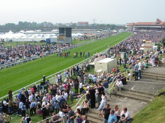 Victoria Lodge : Chester race course