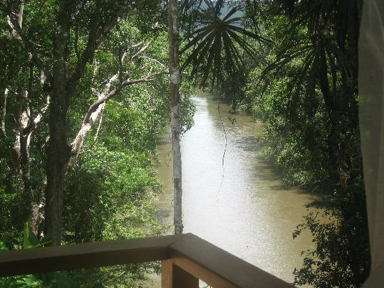 Mystic River Resort: view of makal river from restaurant