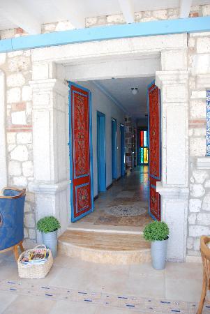 Alacati Zeytin Konak Hotel: Reception area