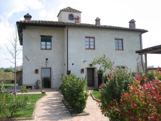 Casa Vacanze Casastieri: we had the apartment on the right
