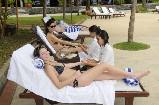Spa girls give us a sample of their services - Picture of Vivanta ...