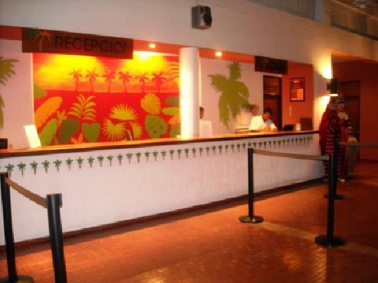 Royal Decameron Golf, Beach Resort & Villas: Reception Lobby 1 - Royal Decameron Panama (May '09)