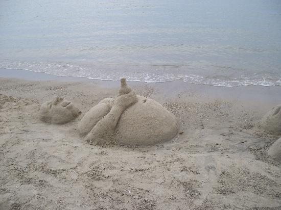 Νάξος, Ελλάδα: St George beach-made by unknown artist