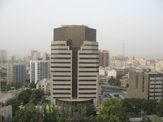 Tehran Homa Hotel: View towards downtown