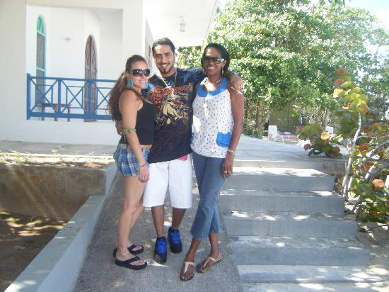 Negril Tree House Resort: Us and Sher- the go-to girl