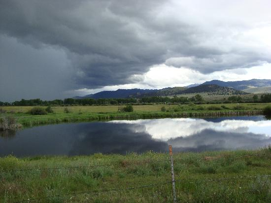 Boulder, MT: Resort Grounds with thunderhead above