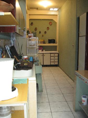 Casa Dona Mercedes : Fully-equipped kitchen