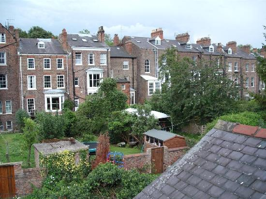 Queen Annes Guest House: view from double room