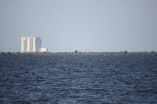 Manatee Hammock Campground: VAB and shuttle launch pad