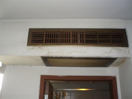 Tong Poon Hotel : in dire need of repair