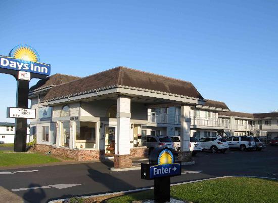 Newport Days Inn: View from 101