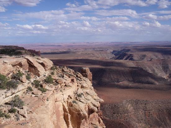Mexican Hat, UT: View from Muley Point