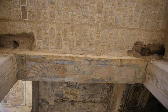 Temple of Seti I: More roof detail