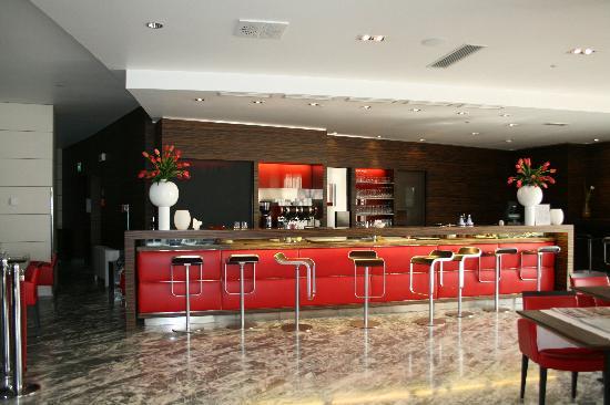 Antony Palace Hotel: Bar de l'hôtel.