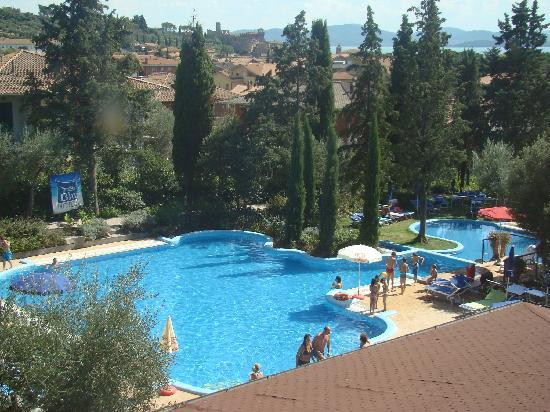 Villa Paradiso Village: vue piscine (de notre chambre)