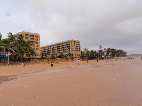 Top 10 Mumbai Hotels Near Juhu Beach   India   Hotels.com