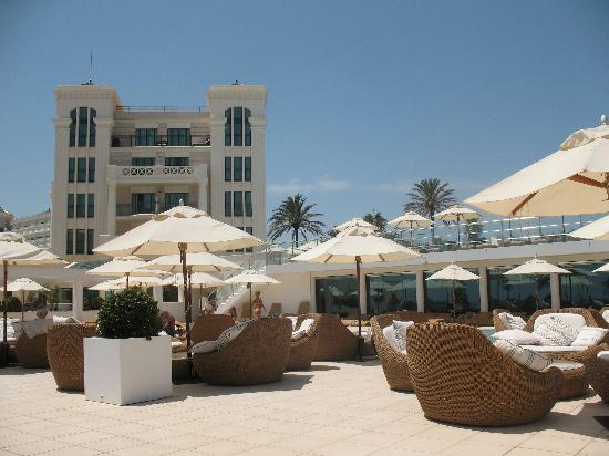Hotel Las Arenas Balneario Resort: Pool area