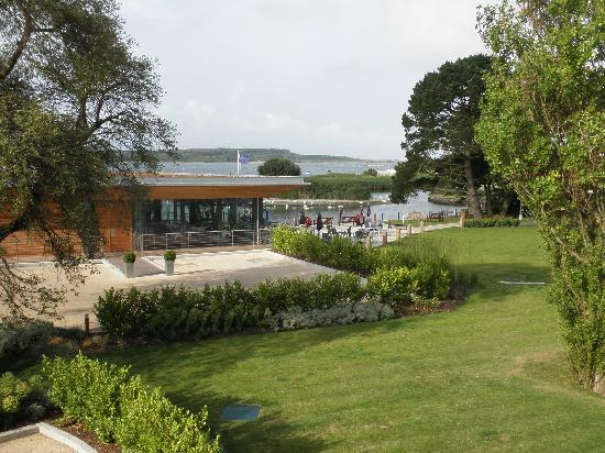 Christchurch Harbour Hotel & Spa: The view from our room (211), looking at the harbour and Rhodes South Restaurant.
