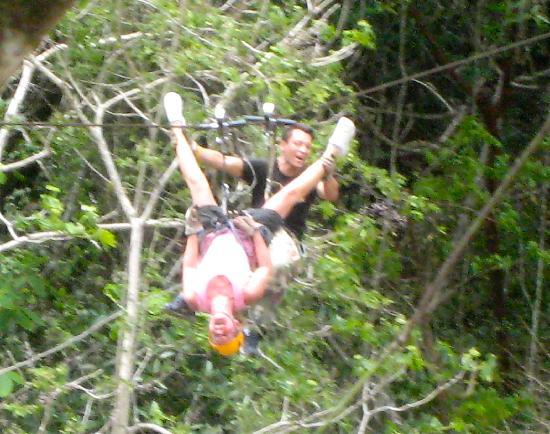 Los Veranos Canopy Tour: Upside down