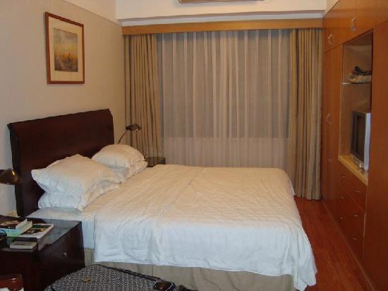 New Harbour Service Apartments: One of the bedrooms