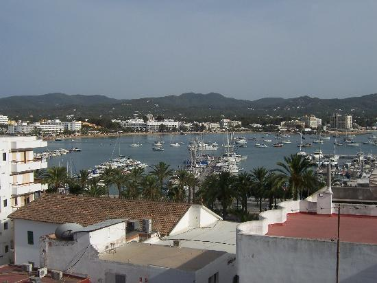 Hostal Don Juan: View from balcony - bay by day