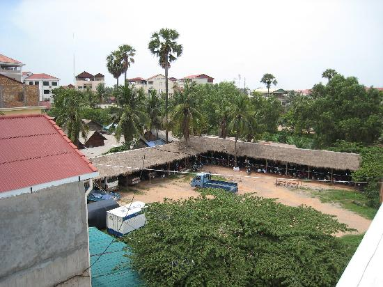 Ei8ht Rooms Guesthouse: View from rooftop