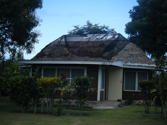 Safua Hotel : Typical fale
