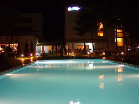 Cocor Spa Hotel : Piscinne de l'hôtel