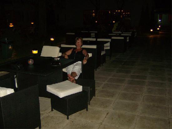 Cocor Spa Hotel : terrase piscinne