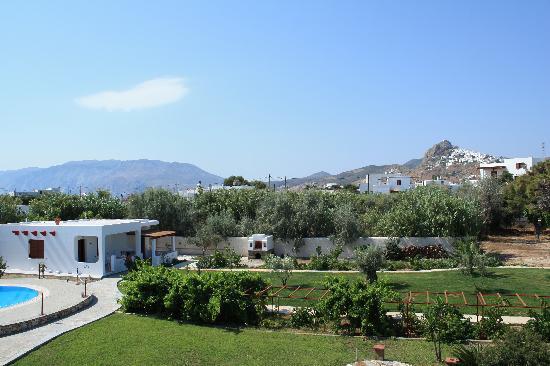 Hotel Angela: Hotel garden