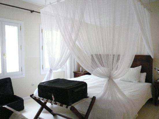 Hotel La Fuente De La Higuera: bedroom suite nr. 11