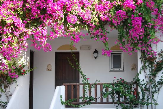 Alexander Beach Hotel & Village: Zimmer Eingang
