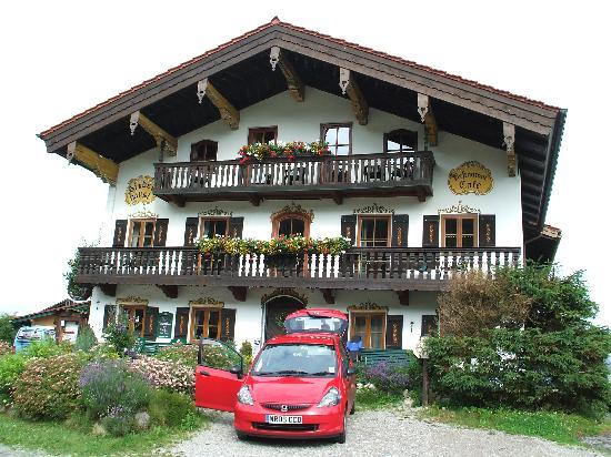 Landhotel Binderhäusl: Front of Binderhausl