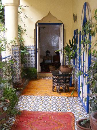 innenhof mit blick in ein zimmer - picture of hotel sherazade ... - Ein Zimmer