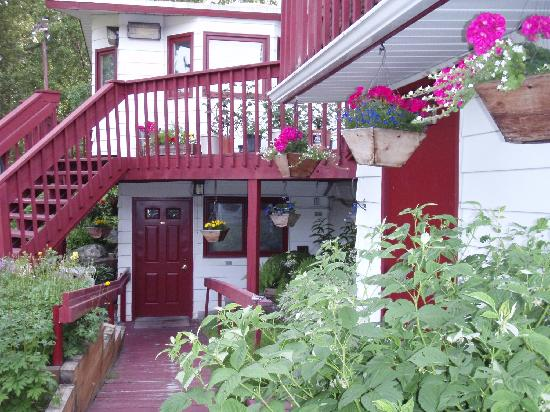 Camai Bed and Breakfast Inn
