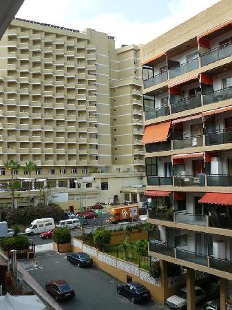 Hotel Tenerife Ving: Surrounding