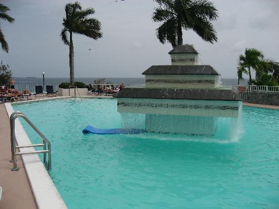 Marriott's Frenchman's Cove: Pool at the Morning Star hotel